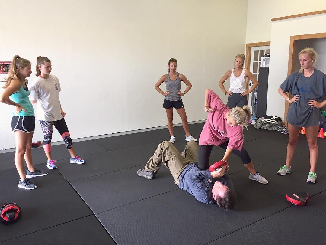 College Girls Self-Defense Workshop - Women's Self-Defense Series | ©2018 Charlie Moore Training - www.charliemooretraining.com