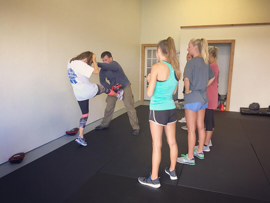 College Girls Self-Defense Workshop - Women's Self-Defense Series | ©2018 Charlie Moore Training - www.charliemooretraining.com